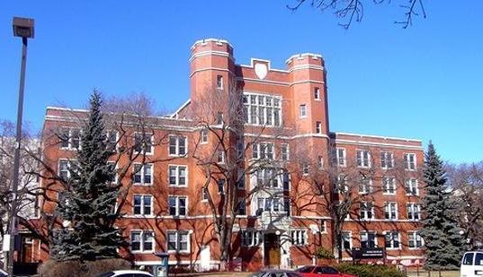 阿尔伯塔大学校园风景